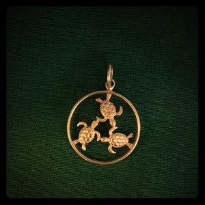 Jewelry - 14k Gold Turtles Pendant